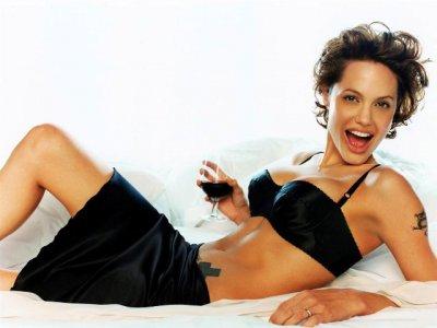 Картинки со знаменитостями (Анджелина Джоли) (46 картинок)